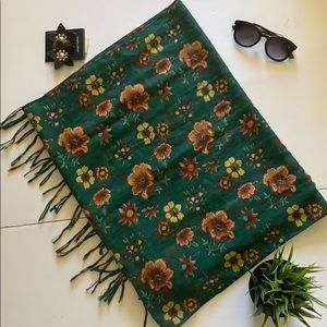 Zara green scarf